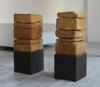 Kleine Stapel 2000/01   2-piece, oak, steel